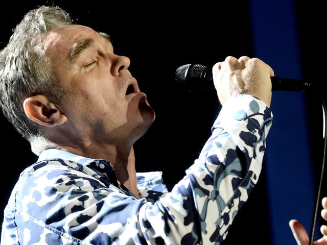 """<a href=""""https://www.avclub.com/garbage-tweets-appropriate-response-to-morrissey-fuck-1820618736"""" data-id="""""""" onClick=""""window.ga('send', 'event', 'Permalink page click', 'Permalink page click - post header', 'standard');"""">Garbage tweets appropriate response to Morrissey: &quot;Fuck you&quot;</a>"""