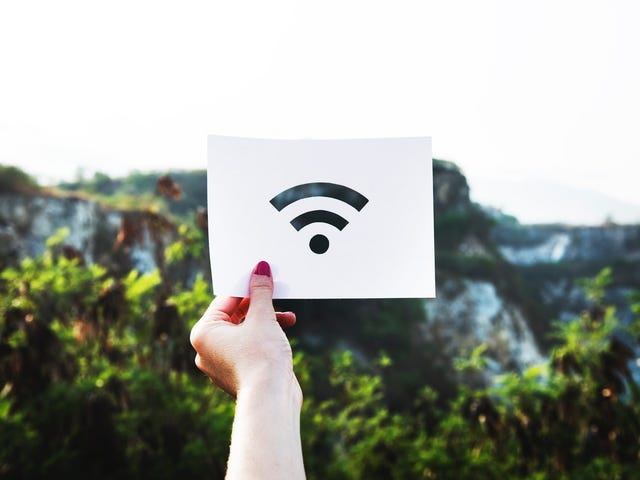 Find a Free WiFi Network Near You With This Google App