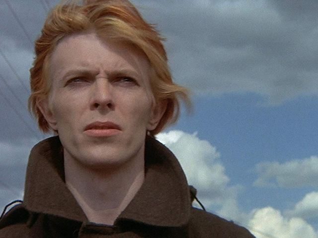 The Man Who Fell to Earth Will Become a CBS All Access Series