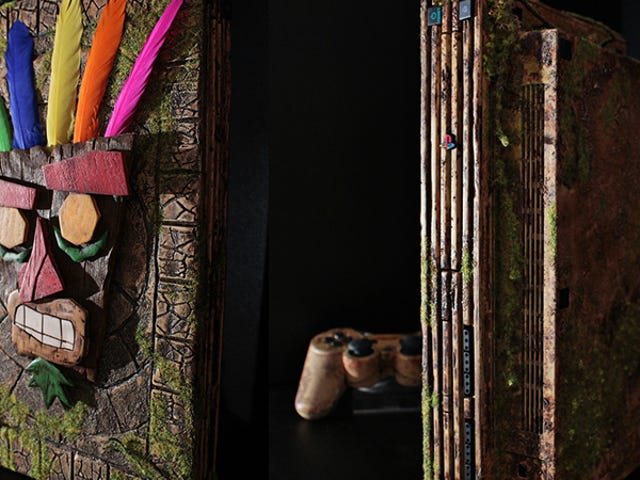 Custom PS2 Is A Worthy Tribute To Crash Bandicoot 2