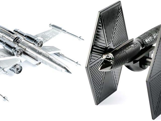 Het is prima om <i>Star Wars</i> speelgoed op je bureau te zetten als het kostbare pennen van $ 2000 zijn