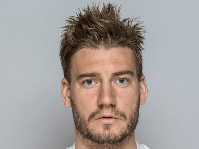 Nicklas Bendtner Decked A Cabbie And Broke His Jaw