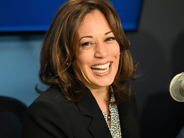 Hollywood's Biggest Names Are Lining Up to Throw Their Support Behind Kamala Harris