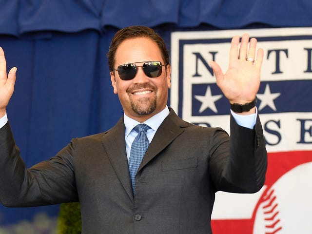 Mike Piazza Owns An Italian Soccer Team Now And He's Yellin' About The Rent