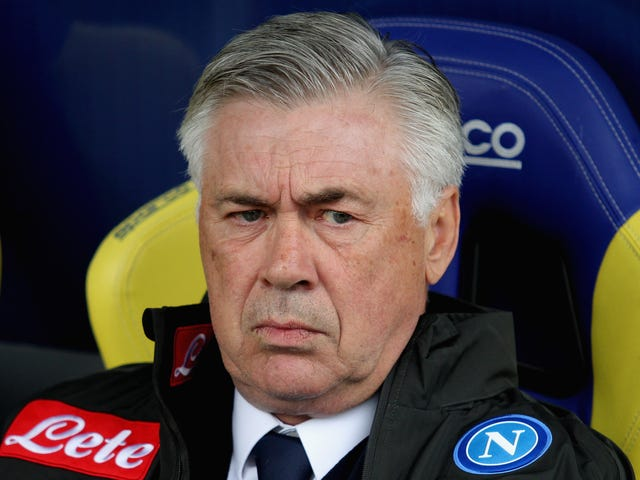 Napoli's Manager Blasts The State Of The Team's Half-Built Locker Rooms