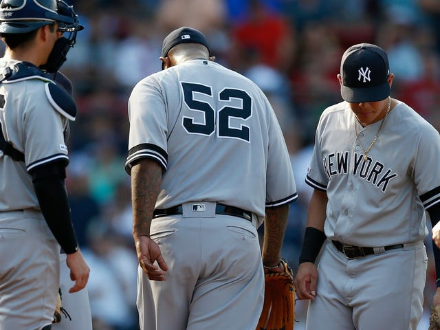 La rotación de los Yankees ha sido pútrida.  ¿Qué pueden hacer al respecto?