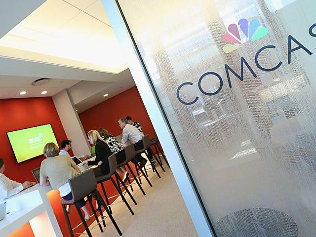 Comcast пропонує $ 65 мільярдів готівкових коштів, щоб купити Fox і гвинт Disney