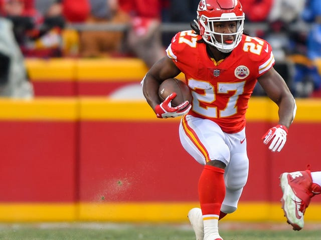 Reports: NFL Really Fucking Botched The Kareem Hunt Investigation [Update]