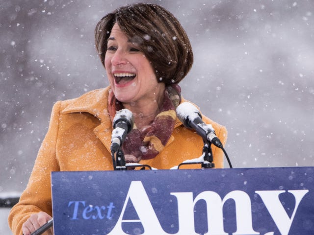 Amy Klobuchar의 Girlboss Ethos