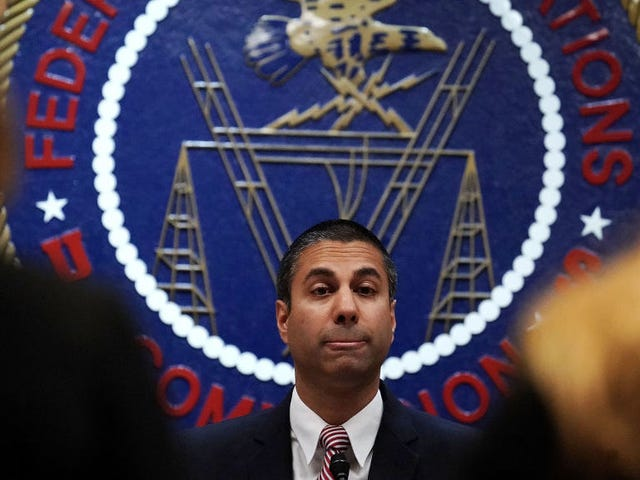 Senate Hits 50 Votes in Bid to Save Net Neutrality and/or Make Republicans Look Dumb<em></em><em></em>