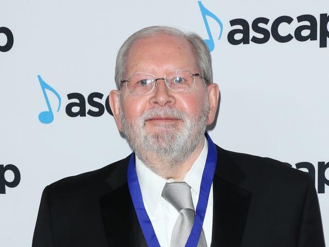 """辛普森一家的制片人说,被解雇的作曲家阿尔夫·克劳森(Alf Clausen)限制了他们的""""创造可能性"""""""