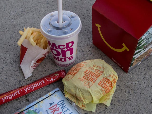 McDonald's to remove cheeseburgers from Happy Meals