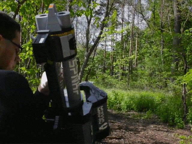 光环5的火箭发射器6000个LEGO复制品