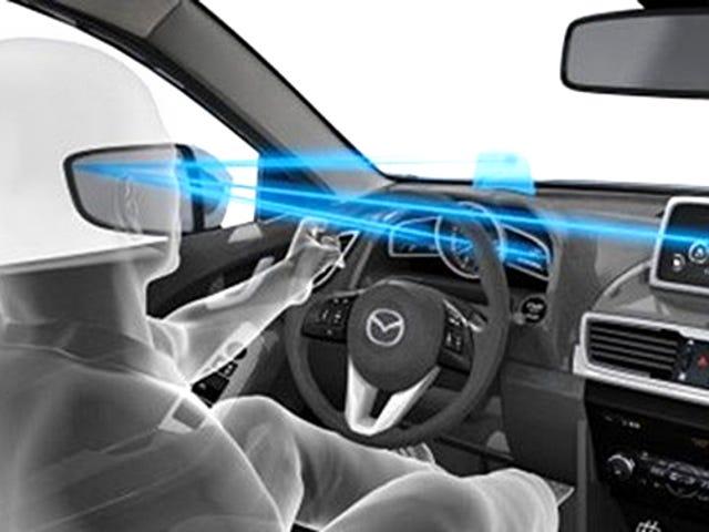 最初の瞳孔監視システムは、運転手が気をそらすのが遅すぎることを知らせることができる