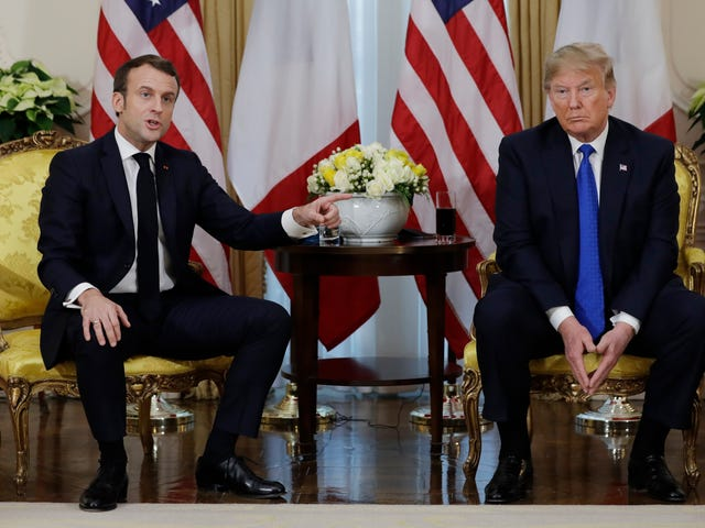Trump Offers 'Isis Fighters' to French President Because He Just Can't Stop Being a Global Embarrassment