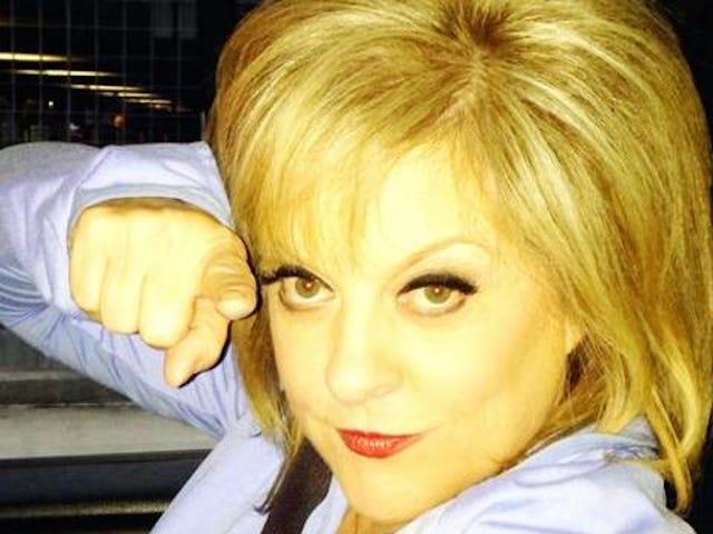 Nancy Grace ønsker at argumentere med 2 Chainz om ukrudtsbehandling