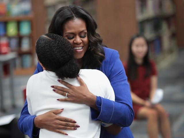 Cincin Pertunangan Michelle Obama Memperoleh Peningkatan