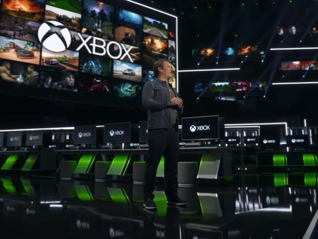 """Szef Xbox, Phil Spencer, mówi, że platforma jest zaangażowana w walkę z """"rosnącą toksyczną gulaszem o"""
