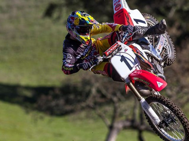 This Supercross Rider's Arm Will Make You Never Want To Ride A Motorcycle Ever [Gross]