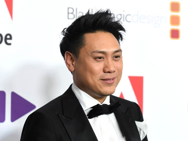 Crazy Rich Asians director Jon M. Chu responds to controversy over writers' pay disparity