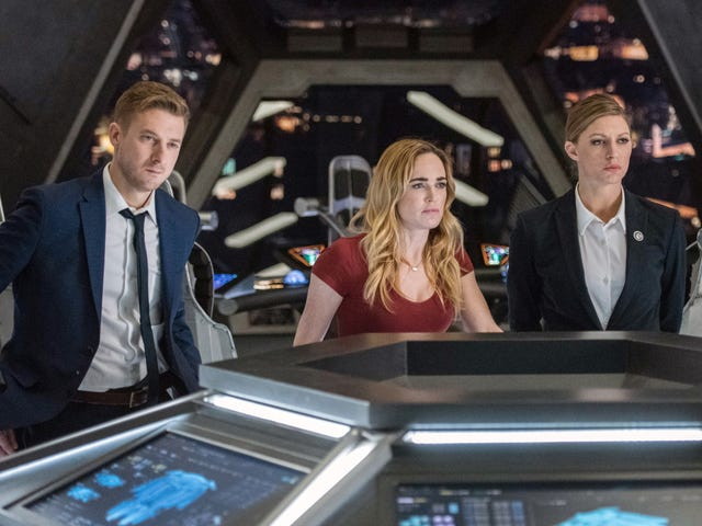 Legends Of Tomorrow gives the Darhks some Coen-style family therapy