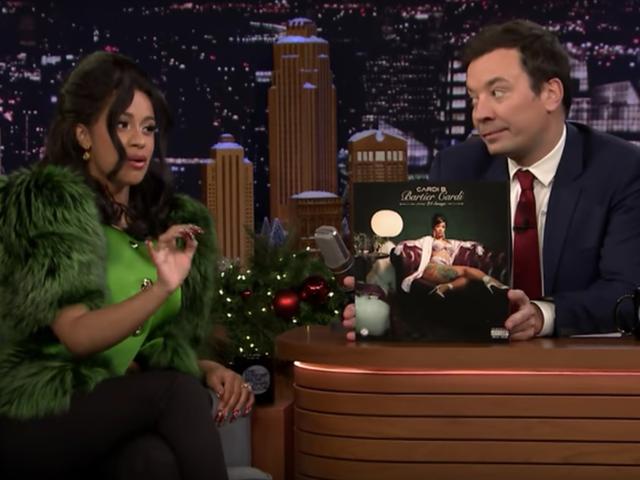 Cardi B. และ Erykah Badu ทำสิ่งที่เป็นไปไม่ได้: ทำให้ The Tonight Show Tolerable