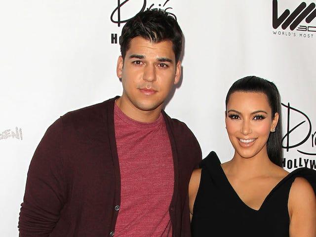 Ο Rob Kardashian πρέπει να μισεί την οικογένειά του τόσο πολύ