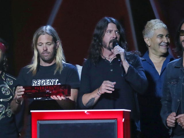 NCAA Punishes Kentucky Soccer Players For Pick-Up Game With Foo Fighters