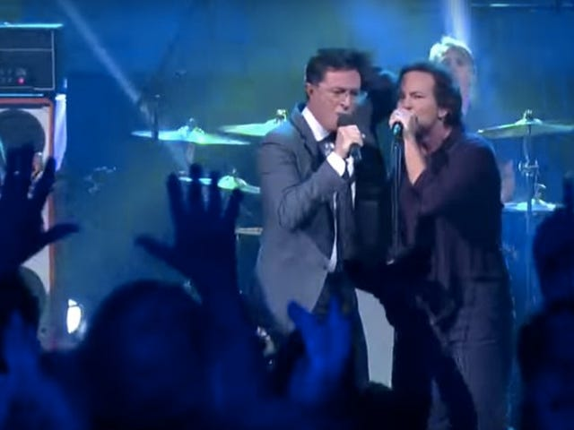 Pearl Jam and Stephen Colbert perform together, making Colbert's day