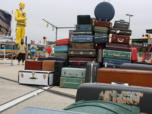 Airlines Will Soon Have to Refund Baggage Fees When They Lose Your Luggage
