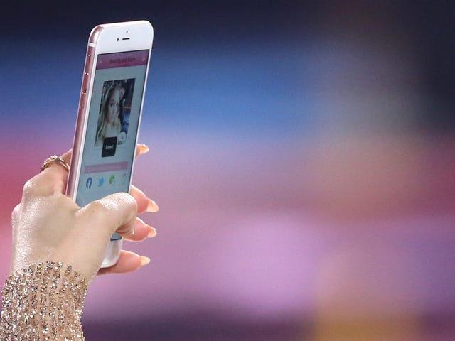 """Hey, also, dein iPhone hat vielleicht alle Fotos von dir in einer """"Büstenhalter"""" getagged"""