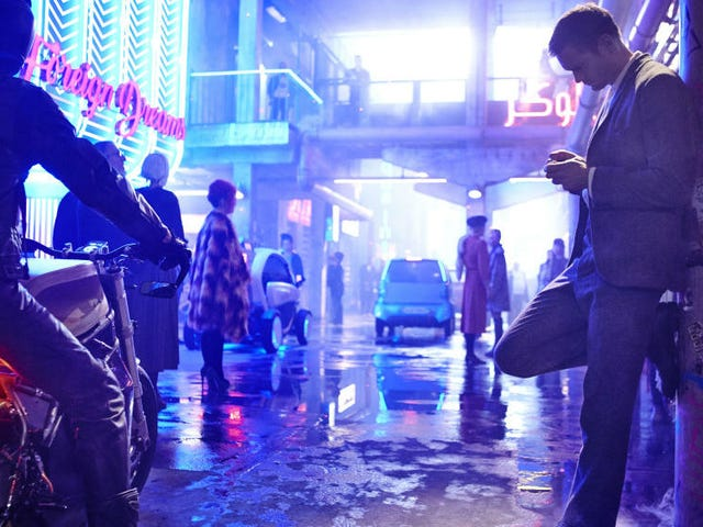 Duncan Jones Makes an Exciting Return to Scifi With Mute, and Here's the First Trailer