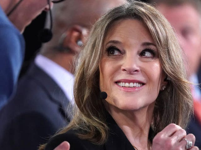 Marianne Williamson Believes in 'Redemption' for Former Bernie Adviser Accused of Sexual Harassment