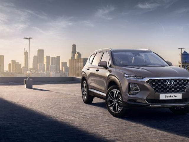 Here's the 2019 Hyundai Santa Fe