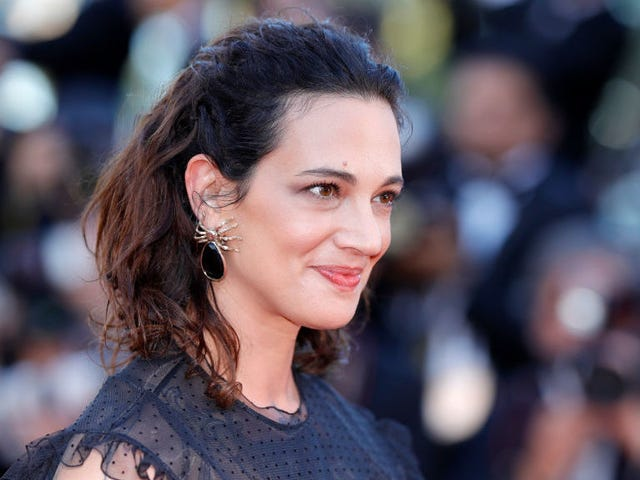 Asia Argento Calls Catherine Breillat a 'Sadistic and Downright Evil' Director