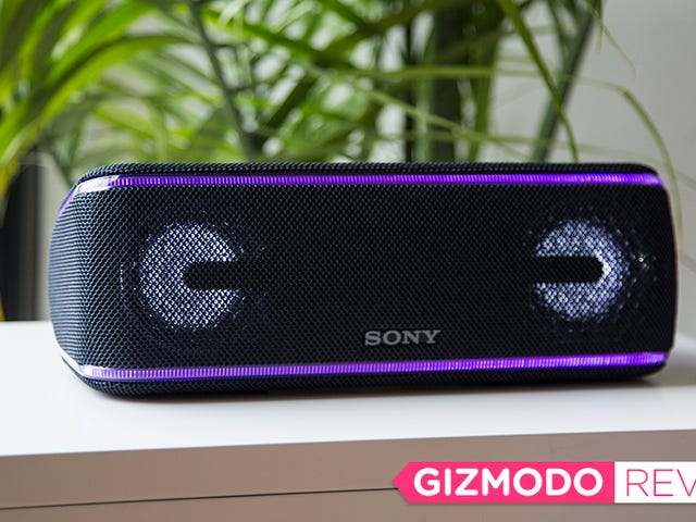 Sony's Glowing Bluetooth Speaker Didn't Take Me to the Club, Just Back to 1992