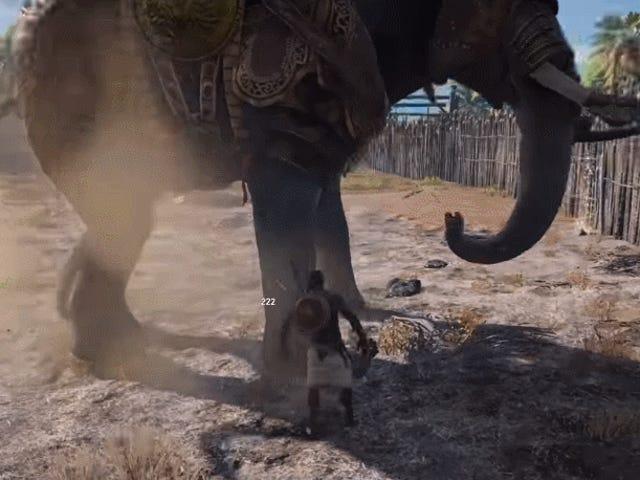 <i>Assassin's Creed Origins</i> joueur d&#39; <i>Assassin's Creed Origins</i> tente de tuer un éléphant de guerre avec leurs mains nues