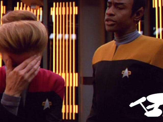 Star TrekがFrasierのキャストで記念日を祝ったときのことを覚えていますか?