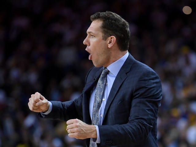 Relatório: Lakers despeja Luke Walton