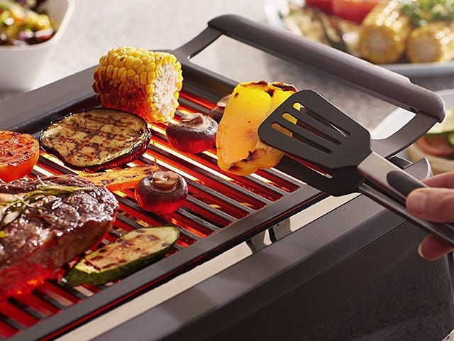 """<a href=""""https://kinjadeals.theinventory.com/philips-indoor-grill-is-as-close-as-apartment-dwellers-1826642431"""" data-id="""""""" onClick=""""window.ga('send', 'event', 'Permalink page click', 'Permalink page click - post header', 'standard');"""">Philips&#39; Indoor Grill Is As Close As Apartment Dwellers Will Get to the Real Thing<em></em></a>"""