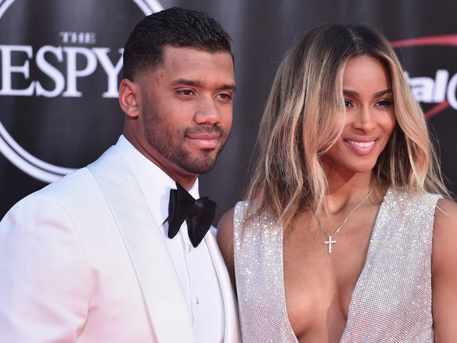 Report: Russell Wilson Has Fucked, Plans To Fuck Again