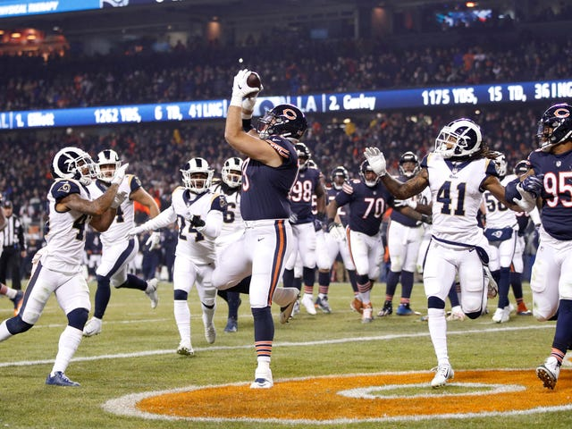 The Bears' Trick Play Was A Work Of Beefy Genius