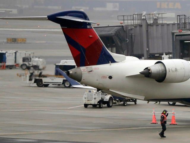 Raporty o dronach latających w pobliżu portów lotniczych Loty naziemne jeszcze raz, tym razem w Newark Liberty