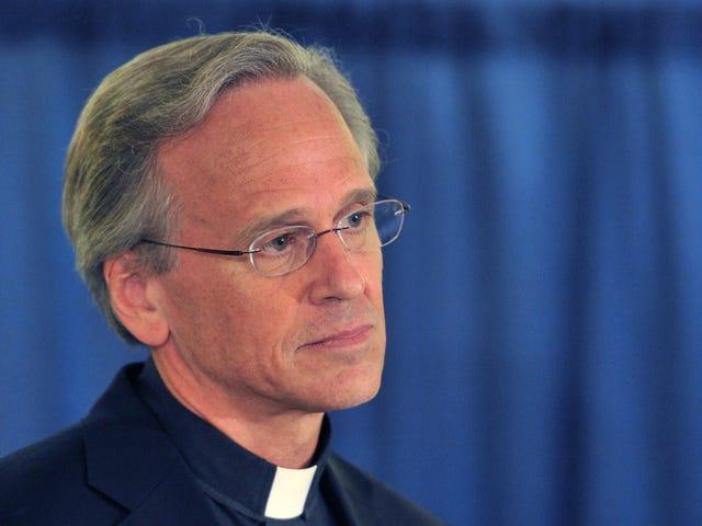 Notre Damen presidentti haluaa uskoa, että syrjintä on politiikkaa