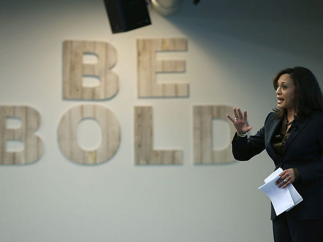Kamala Harris tar på Bail Reform i sin första räkning som senator ... Åh, och Rand Paul är där, för
