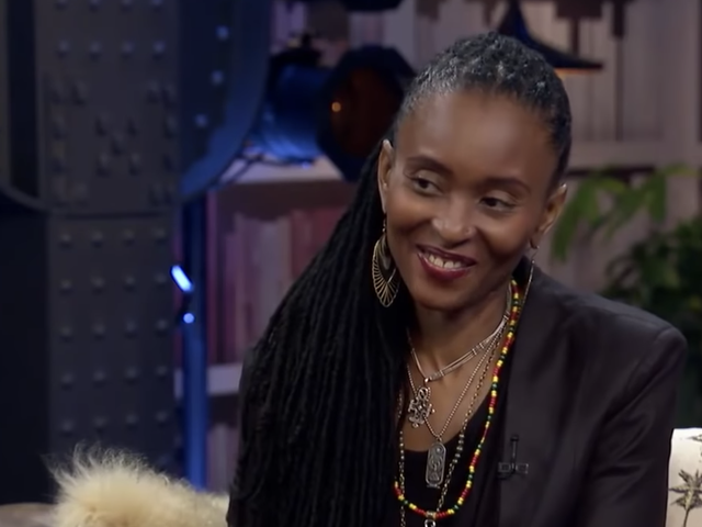 Hip-Hop Pioneer Dee Barnes Facing Homelessness