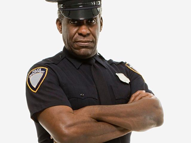 Black Cops Tell National Police Organization: Nah, Bruh. We Support Kaepernick