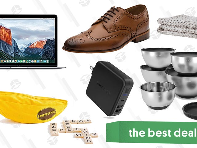 Wednesday's Best Deals: MacBooks, $50 Everlane Jeans, Christmas Trees, and More