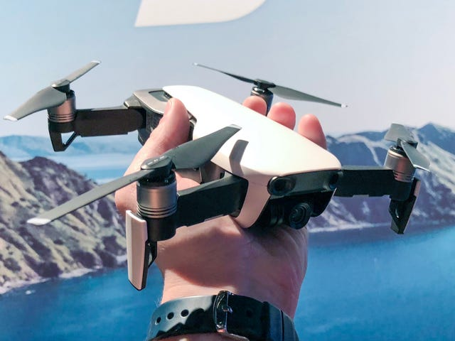 DJI's New Mavic Air Is So Small It Fits in a Jacket Pocket