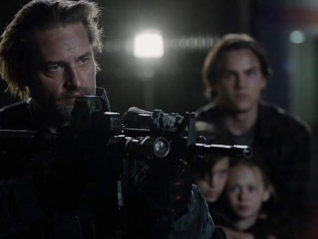La seconda stagione di Colony termina con un primo piano alieno e una resa dei conti armata